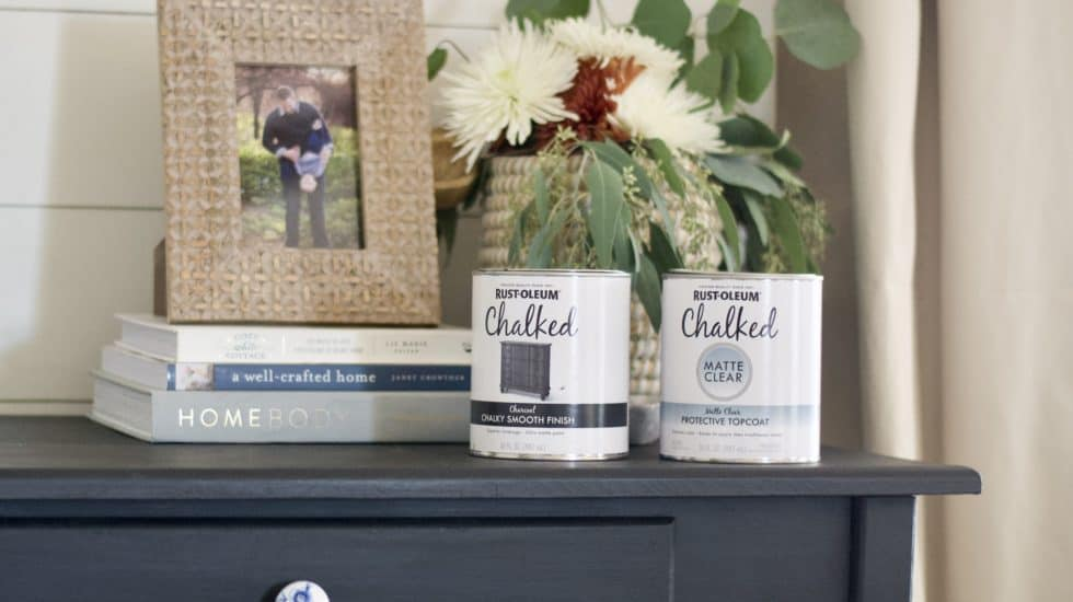 Thrifted desk makeover with Rustoleum chalk paint