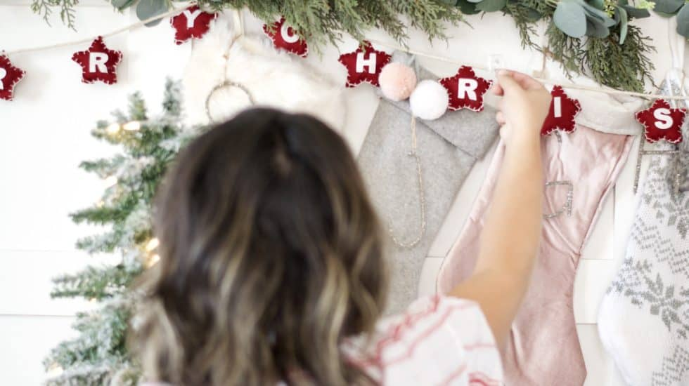 how to hang garland for the holidays